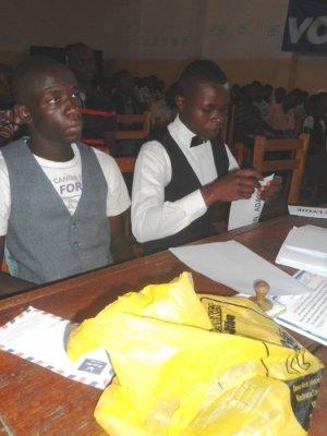 ceracuse kika with espoire ngalukiye