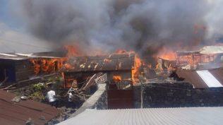 maisons brulées au quartier MABANGA SUD (5)